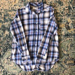 Gap boyfriend button up shirt in blue stripes